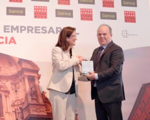 Limcamar y sus cerca de 9000 trabajadores, Premio al Éxito Empresarial en la creación de empleo